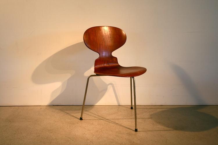 Ameise stuhl affordable sessel stuhl retro dixon egg for Egg chair nachbau