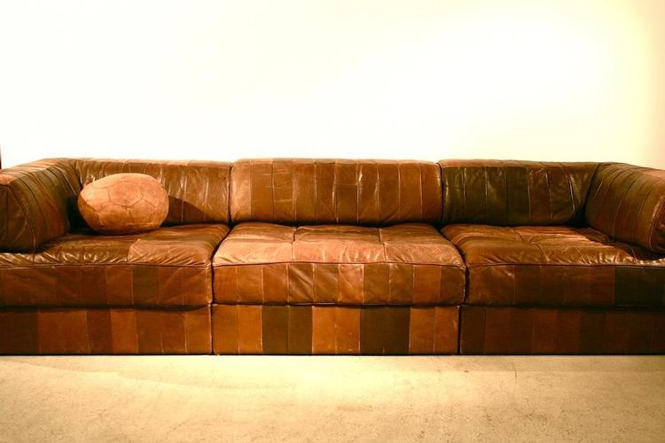 hochwertige vintagem bel und reeditionen grosse auswahl an sofas und sesseln timetunnel. Black Bedroom Furniture Sets. Home Design Ideas