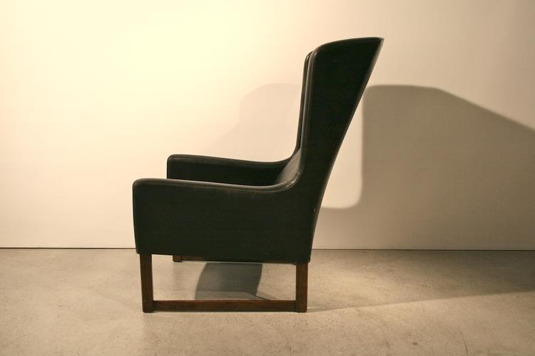formsch ner ohrensessel aus schwarzem leder 5052 leder. Black Bedroom Furniture Sets. Home Design Ideas