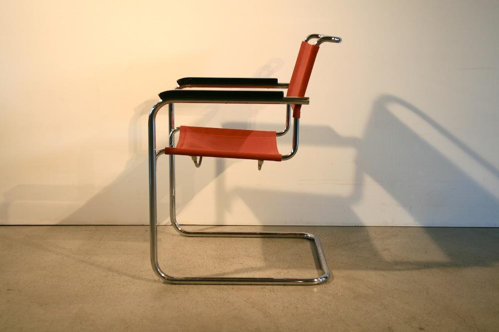 Hochwertiger Originaler Freischwinger Stahlrohr Stuhl B34 Von Marcel Breuer  Für Thonet, Entworfen Um 1928. Dieser Hier Abgebildete Stuhl Ist Aus Den  1960er ...