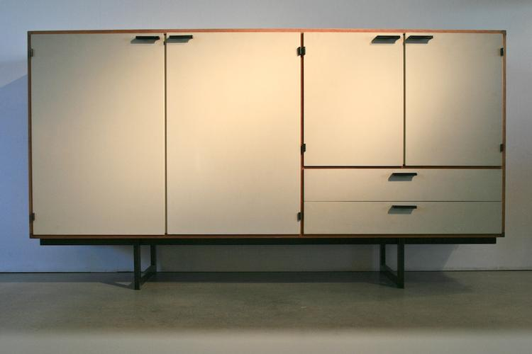 Highboard von Cees Braakman