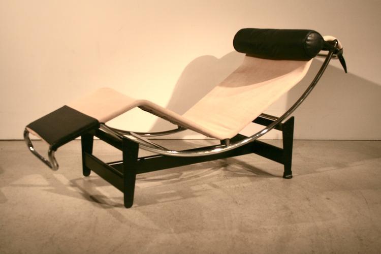 lc4 liege von le corbusier jeanneret und perriand f r cassina 5055 div sofas sofa. Black Bedroom Furniture Sets. Home Design Ideas