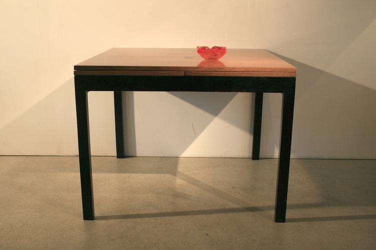 quadratischer auszugstisch von willy guhl 4921 holztisch tisch timetunnel. Black Bedroom Furniture Sets. Home Design Ideas