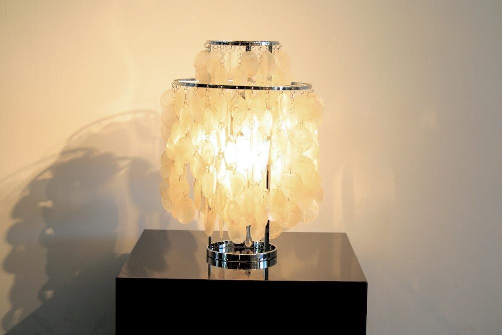 shell lampe fun 2tm von verner panton neuauflage 4995. Black Bedroom Furniture Sets. Home Design Ideas