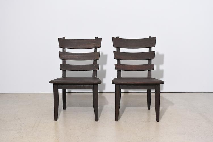 tisch mit 2 st hlen von anliker langenthal gebeizte. Black Bedroom Furniture Sets. Home Design Ideas